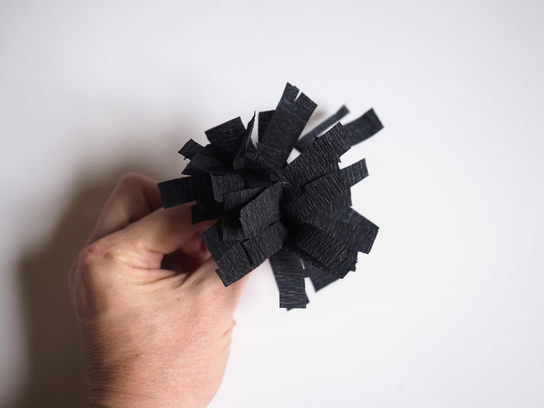 DIY facile pour fabriquer des fleurs en papier en 3D