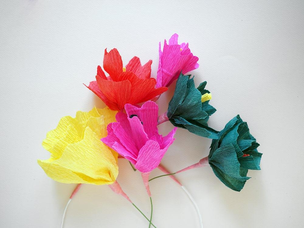 Comment fabriquer une couronne de fleurs - DIY couronne de fleurs en papier