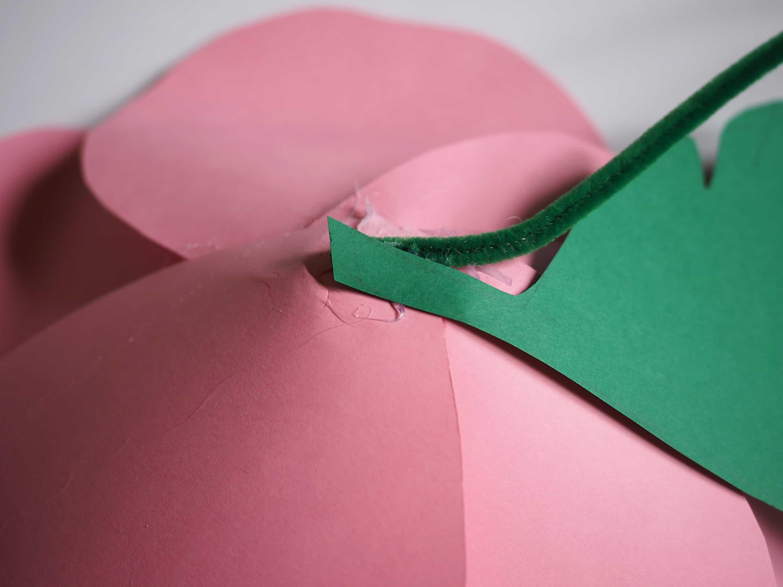 Le tuto facile pour fabriquer des fleurs en papier